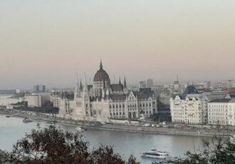 visitare budapest in metro